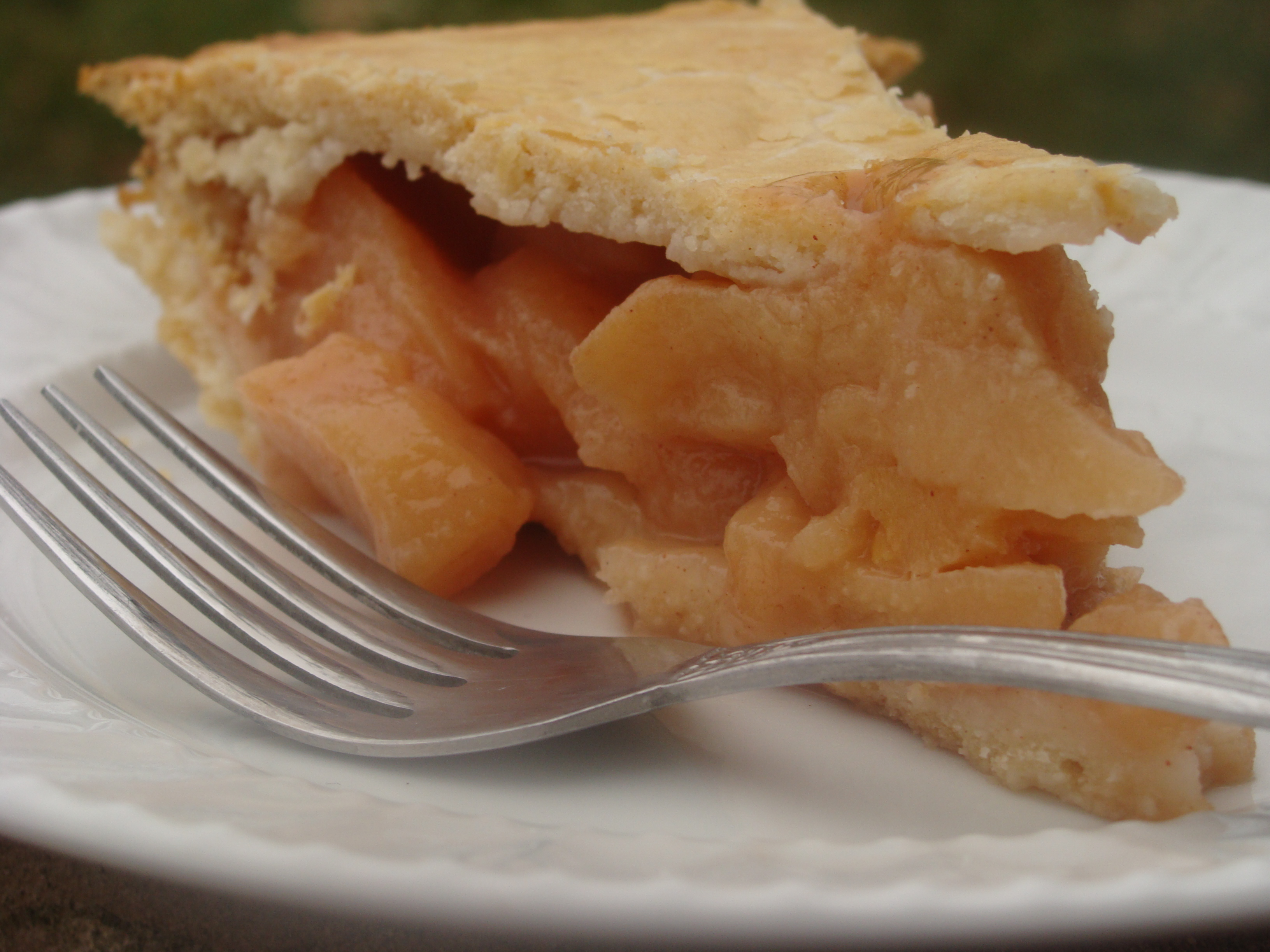 poached quince pie diethood